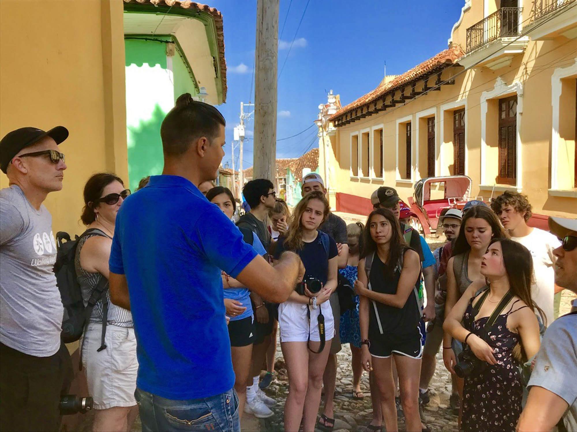 Colibri-Colorado Academy Cuba 15
